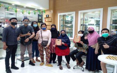 Tebar Kebaikan di Ramadhan, Kasoem Vision Care Donasikan Kacamata Gratis